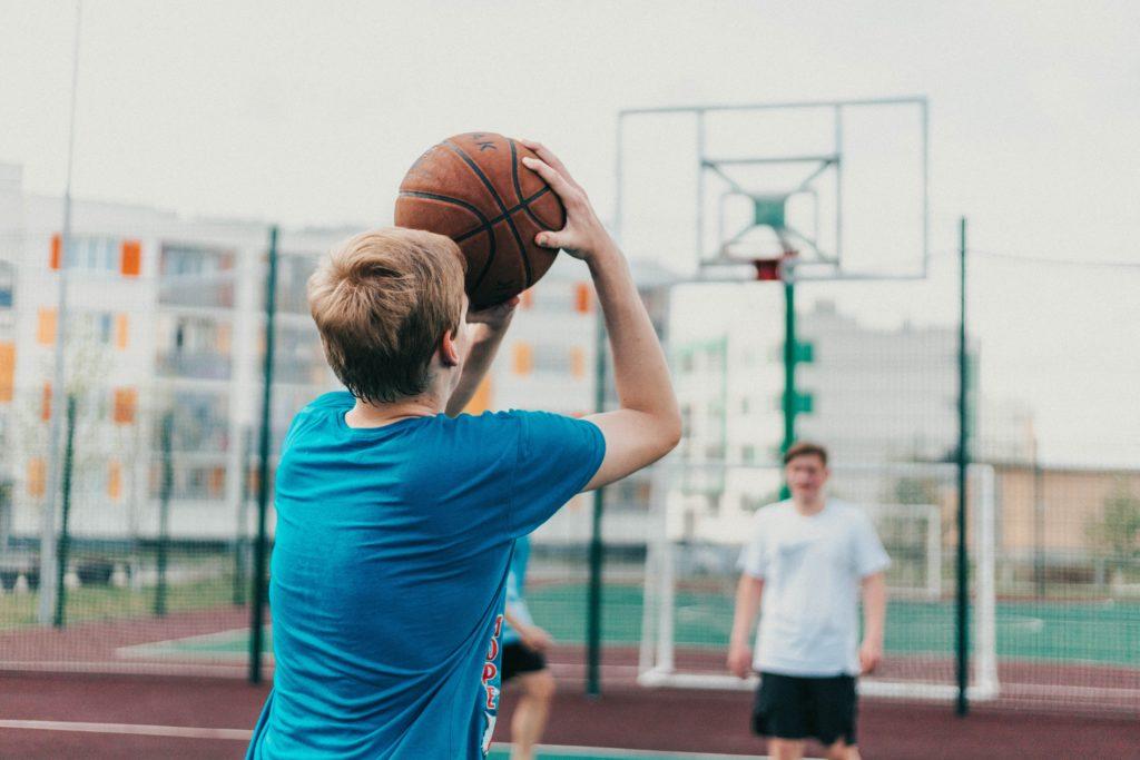 バスケットボールは身体の成長に適した運動である